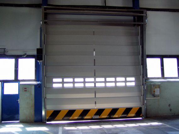 Ipari kapu az Alcoa telephelyén